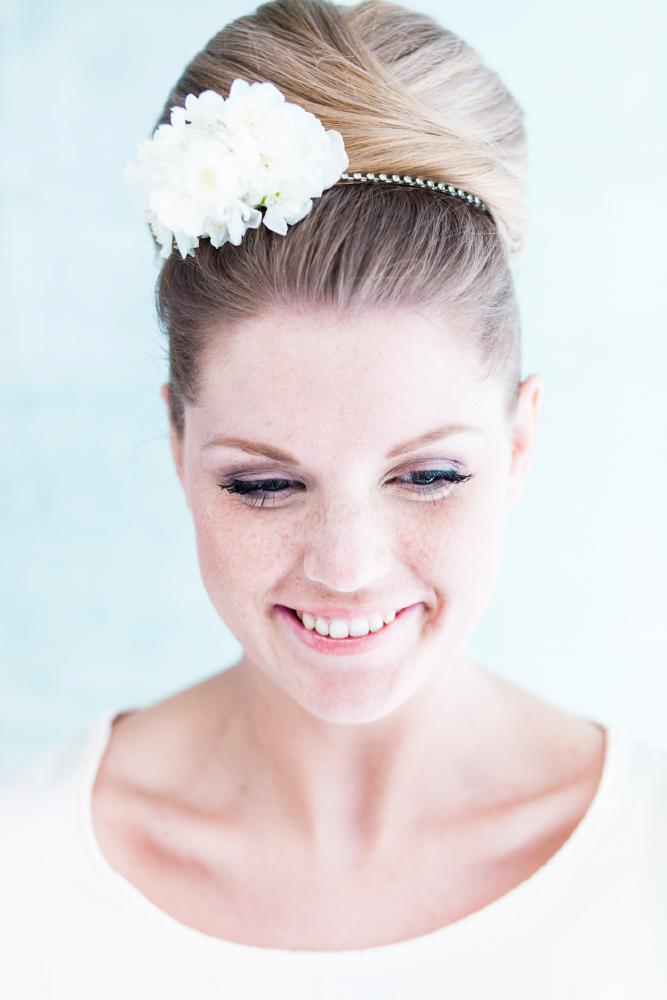 Bruidskapsel_Knot_Bloemen